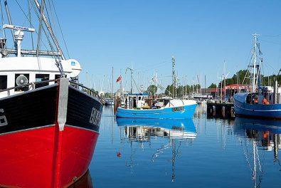 Schleswig-Holstein. Ostseeinsel Fehmarn. Fischereihafen in Burgstaaken. Foto: Ingo Wandmacher