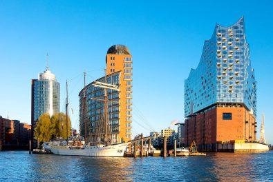 Hansestadt Hamburg, Hamburger Hafen, Blick zur Elbphilharmonie.