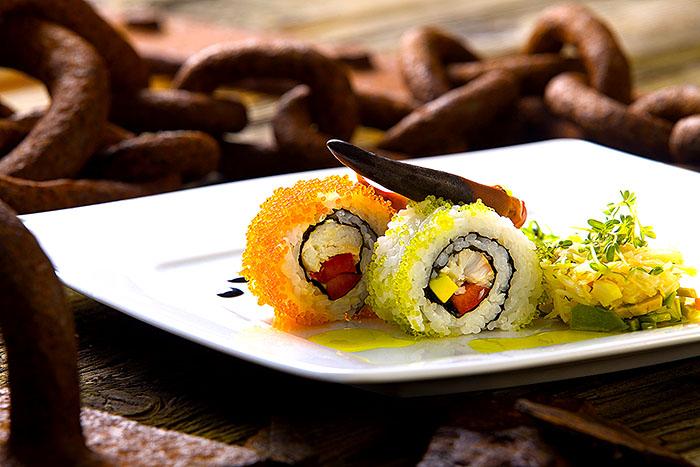 Food Norddeutschland,Foodfotografie,Schleswig-Holstein, Nordseeinsel Helgoland, Kniepervariationen (Knieper-Sushi, Kniepersalat, Knieper-Lolly).Foto ©Ingo Wandmacher