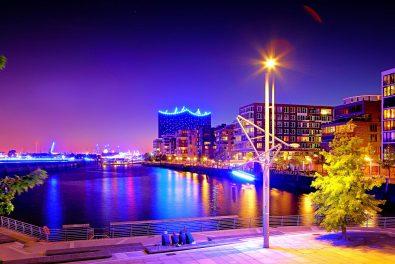 Hamburg, Hafencity am Abend. Hamburg blue