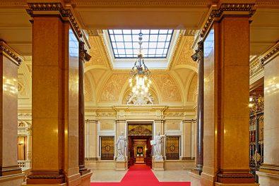 Hansestadt Hamburg, Hamburger Rathaus Innenansichten. Treppenhaus Senat